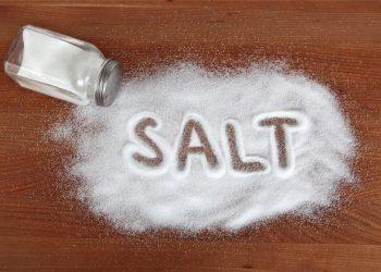 نقش نمک در فراورده های گوشتی