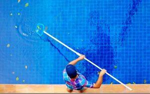 تحریک و خارش پوست بعد از شنا در استخر آب شور