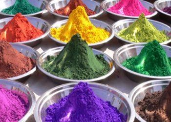 رنگ ها و طعم ها غذایی